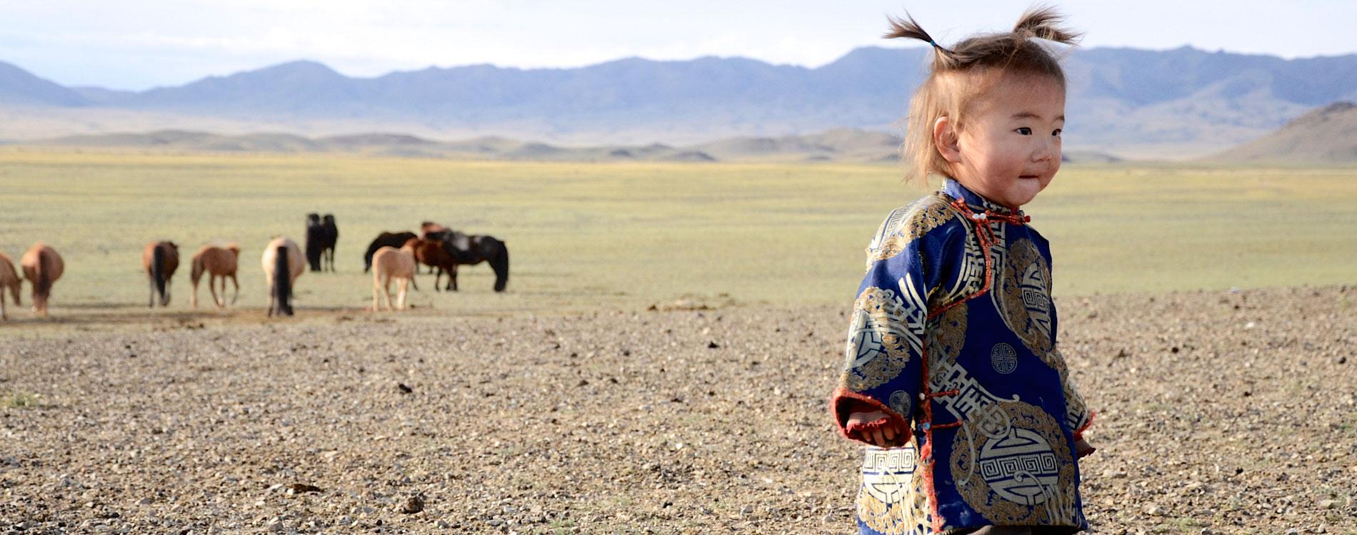 family-trips-to-mongolia